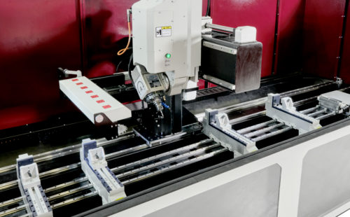 4-Eksen-CNC-İşleme-Merkezi-aluminyum-profil-isleme